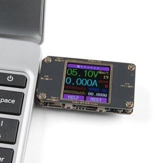 Medidor USB con pantalla a Color